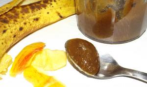 Confiture aux pelures de pommes et à la peau de banane