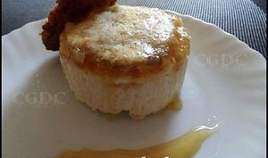 Entremets reblochon miel et tuiles de noix