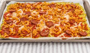 Pizza de chou romanesco au chorizo et crevettes