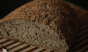 Pain au levain céréales et graines de sésame