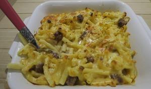 Gratin de macaroni au reblochon et merguez