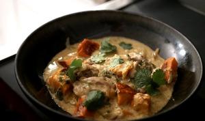 Curry vert de poulet et potimarron.