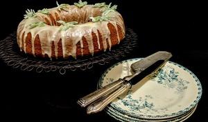 Gâteau au romarin, à l'huile d'olive et à l'orange