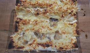 Lavash au jambon ou poulet à la béchamel aux champignons gratiné
