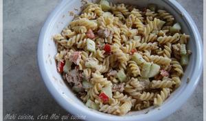 Salade de thon, pâte et menthe