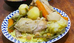 Couscous algérien au poulet et navets en sauce blanche