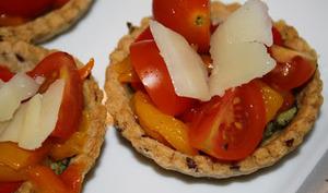 Salade de crudités en tartelettes