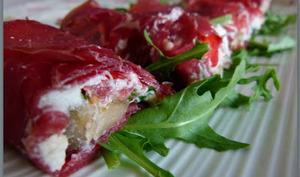 Roulés de bresaola aux aubergines et fromage frais