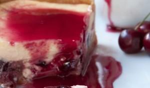 Cheesecake à la cerise et sirop de cerises maison