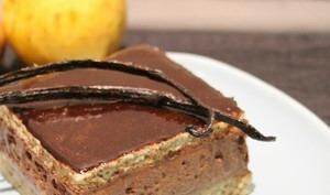 Entremets chocolat et poires à la vanille
