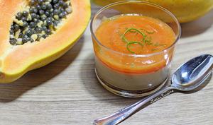 Panna cotta coco vanille et son coulis de papaye crue