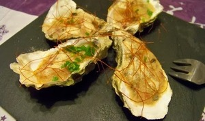 Huîtres gratinées sur lit d'endives braisées à l'estragon