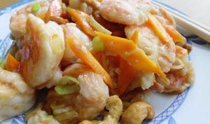 Crevettes sautées aux noix de cajou
