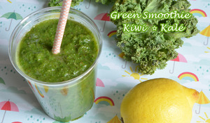 Green smoothie kiwi kale