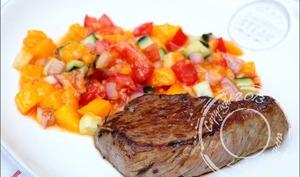 Steak au poivre et salsa à la mangue
