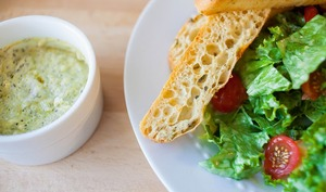 Sauce pour salade César ou salades composées