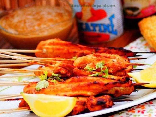 Brochettes de poulet Satay au barbecue