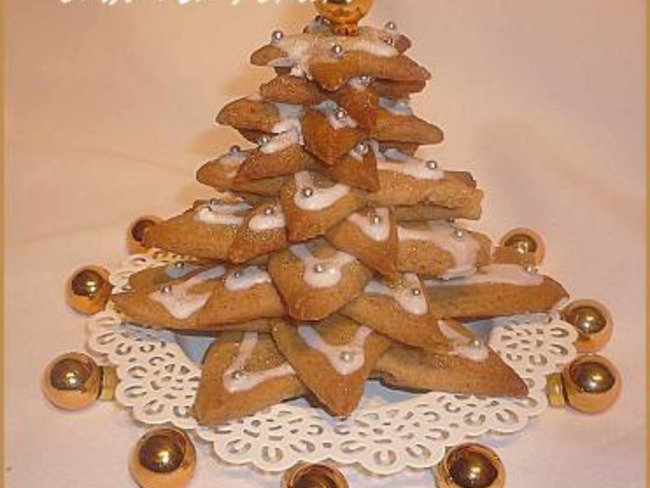 Sapin de Noël aux saveurs de pain d'épices.