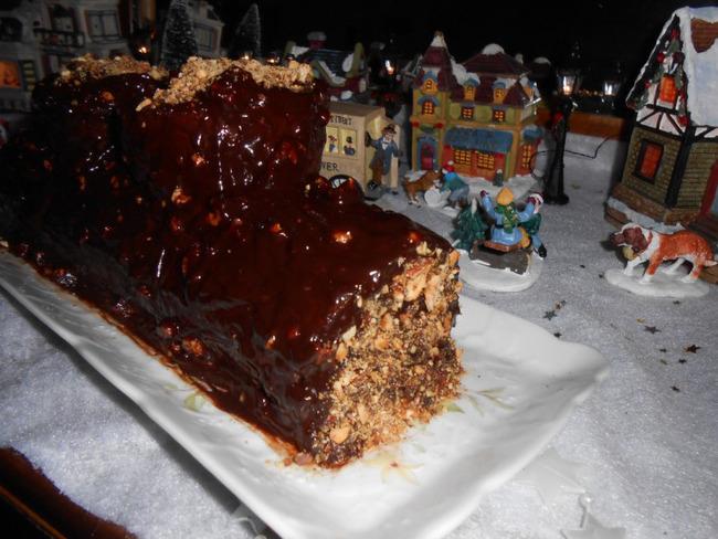 Bûche chocolat mascarpone et pralin