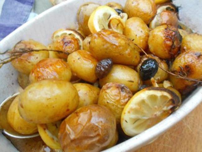 Pommes de terre au citron et aux olives