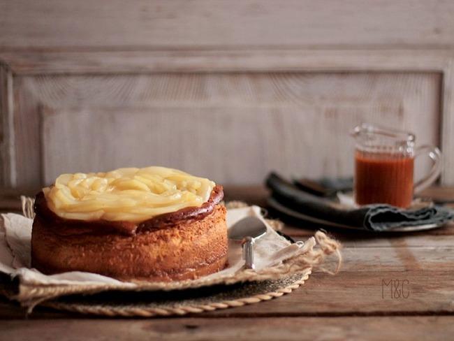 Cheese Cake au Caramel Beurre Salé et aux Poires Pochées