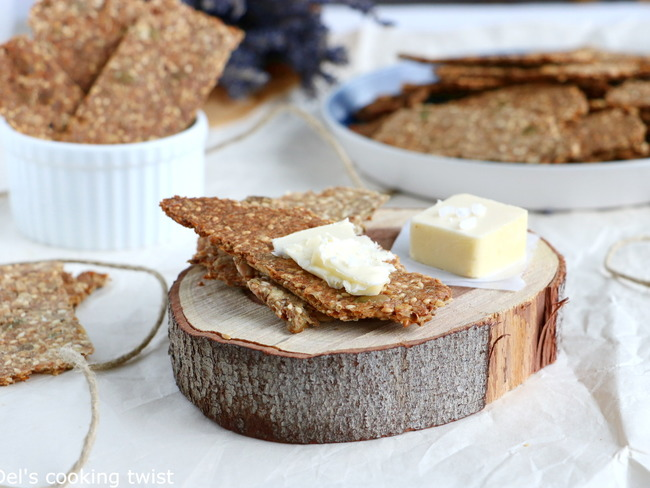 Crackers suédois aux graines knäckebröd