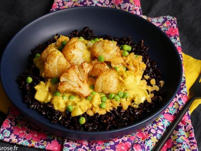 Curry de chou-fleur rôti et lentilles corail