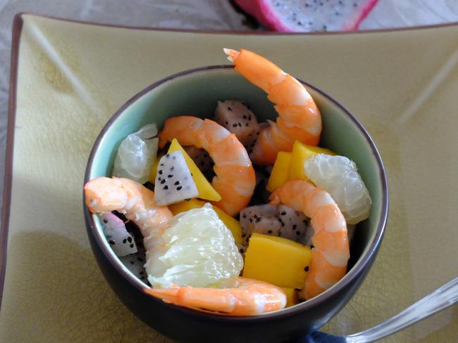 Salade de crevettes aux fruits exotiques