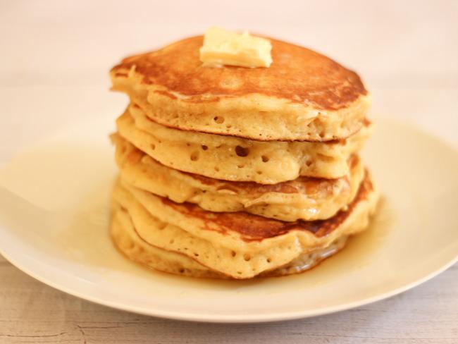 Les meilleurs pancakes américains - Recette par Elle ...