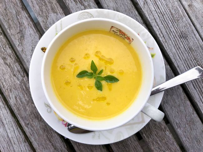 Gaspacho jaune au curry