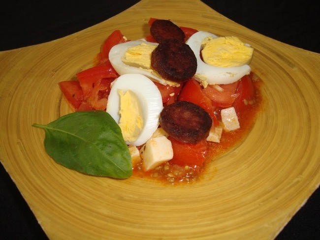 Salade de tomates basque