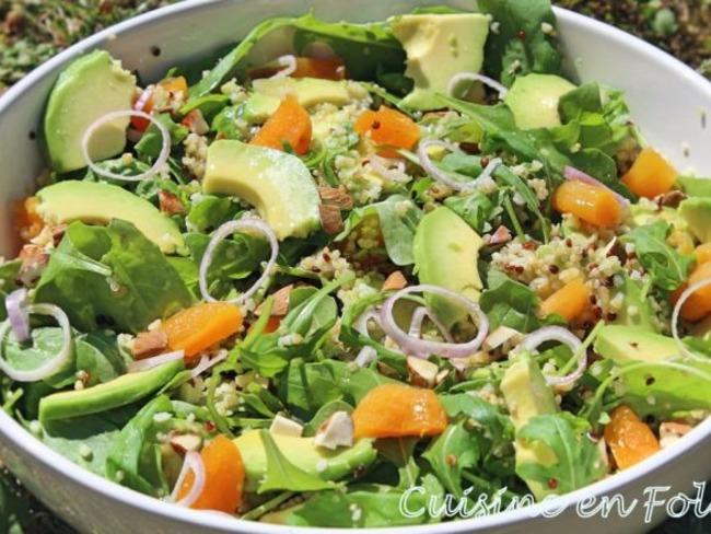 Salade roquette, avocat et quinoa au sirop d'érable