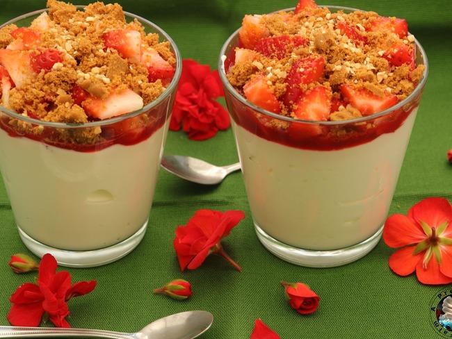 Verrines cheesecakes fraises spéculoos