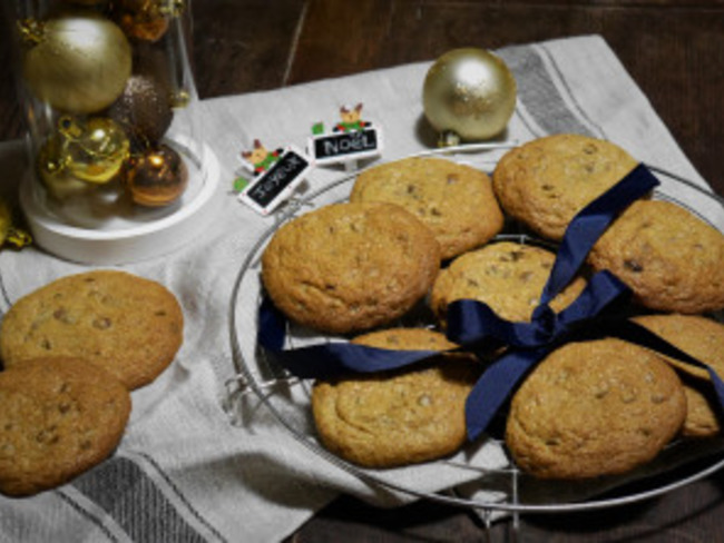 Cookies de Noël aux pépites de chocolat et sucre muscovado