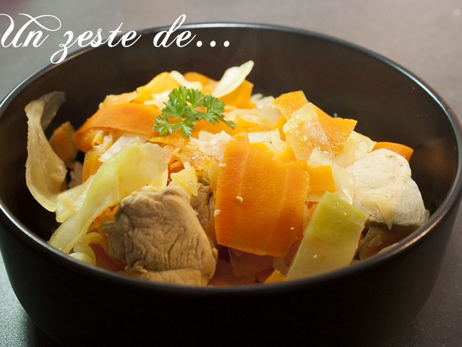 Cocotte de poulet au chou blanc et carottes