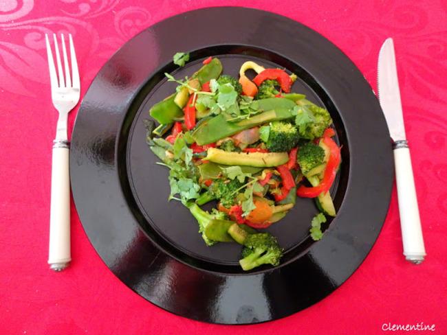 Wok de légumes aux cinq épices indiennes