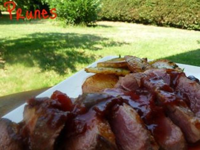 Magret de Canard aux Prunes