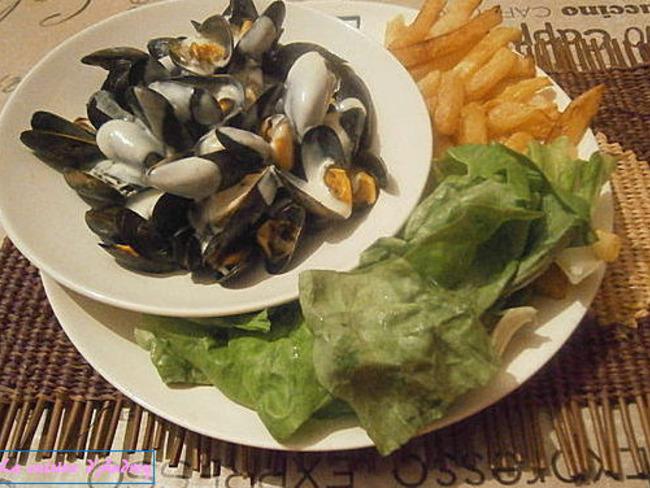 Moules au Roquefort