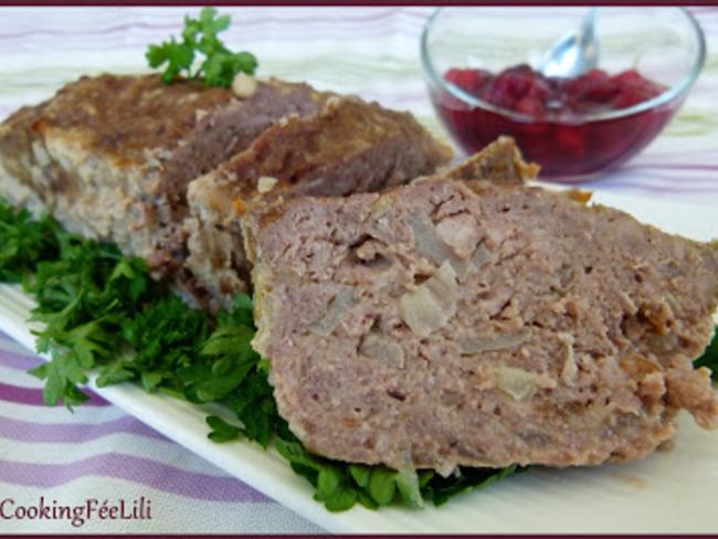 Pain de viande et sa sauce aux cerises