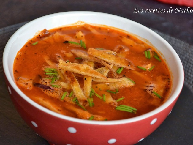 Soupe épicée aux tortillas