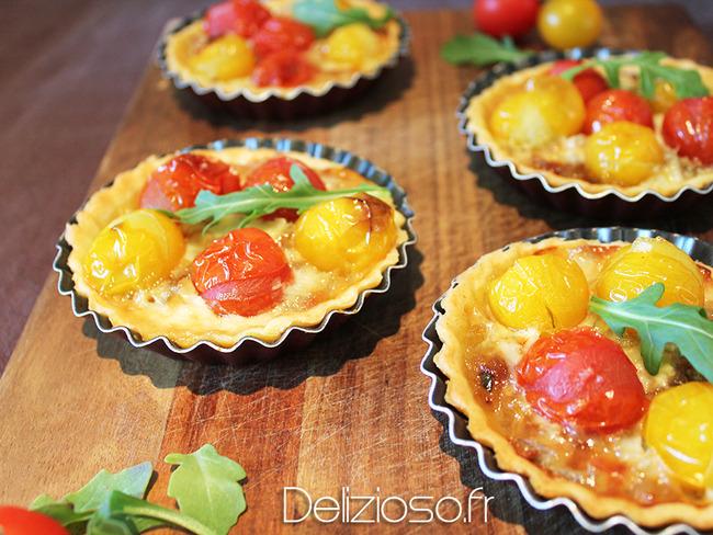 Tartelette au tomates, oignons confits et gorgonzola