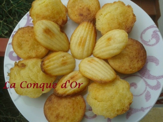 Muffins et madeleines aux deux fromages et au poivre