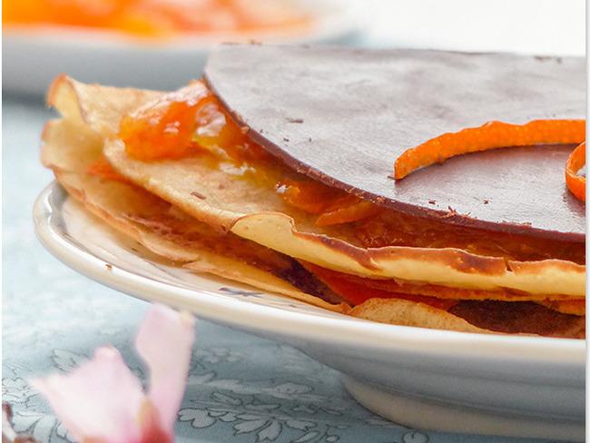 Crêpes vegan au confit d'oranges et feuille de chocolat