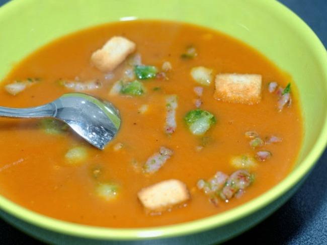 Soupe tomates et choux de Bruxelles