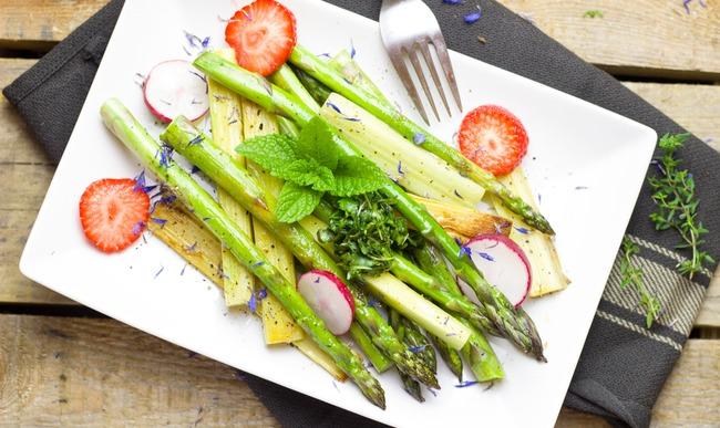 Salade printemps d'asperges