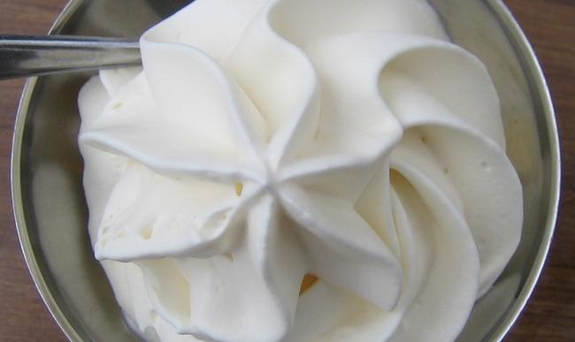 La Creme Liquide Fraiche Ou Longue Conservation Apporte Legerete Et Onctuosite A Vos Recettes De Quiches Gratins Et Desserts