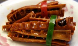 Pousses de bambou grillés