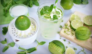 Preparation limonade à la menthe