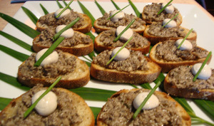 Toast Duxelles, truffes et crème fraîche