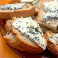 Bleu d'Auvergne sur pain